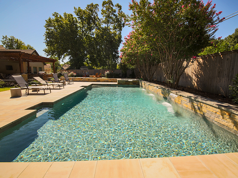 Find The Best Pools In Tulsa | Don't Build Your Own Pool
