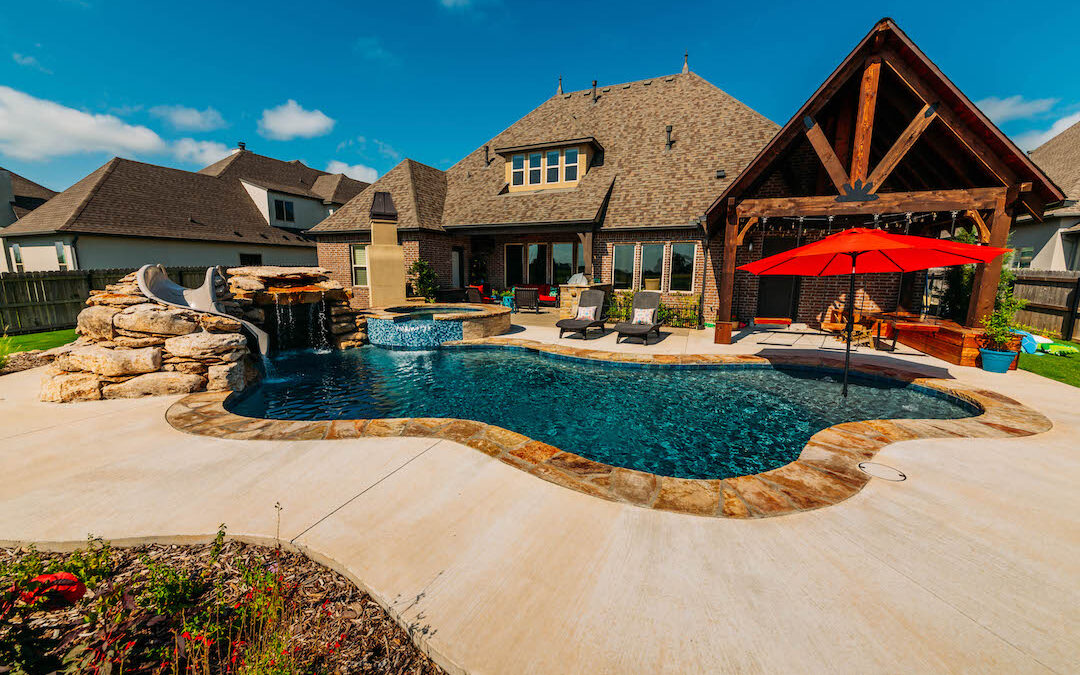 Tulsa Pools   Relax Outside by the Fire